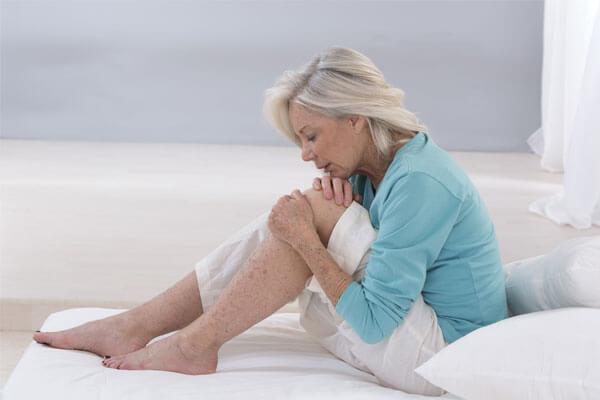 Warum entstehen Schmerzen in den Gelenken?