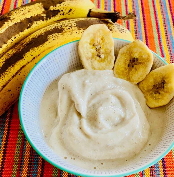 Zuckerfreies Bananeneis