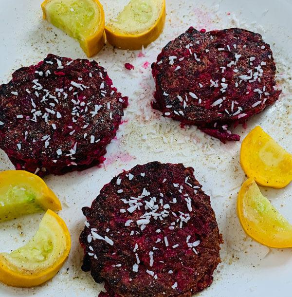Rote Beete Kokos Pancakes
