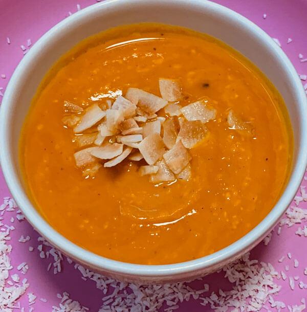 Crunchy Kürbis Kokos Suppe