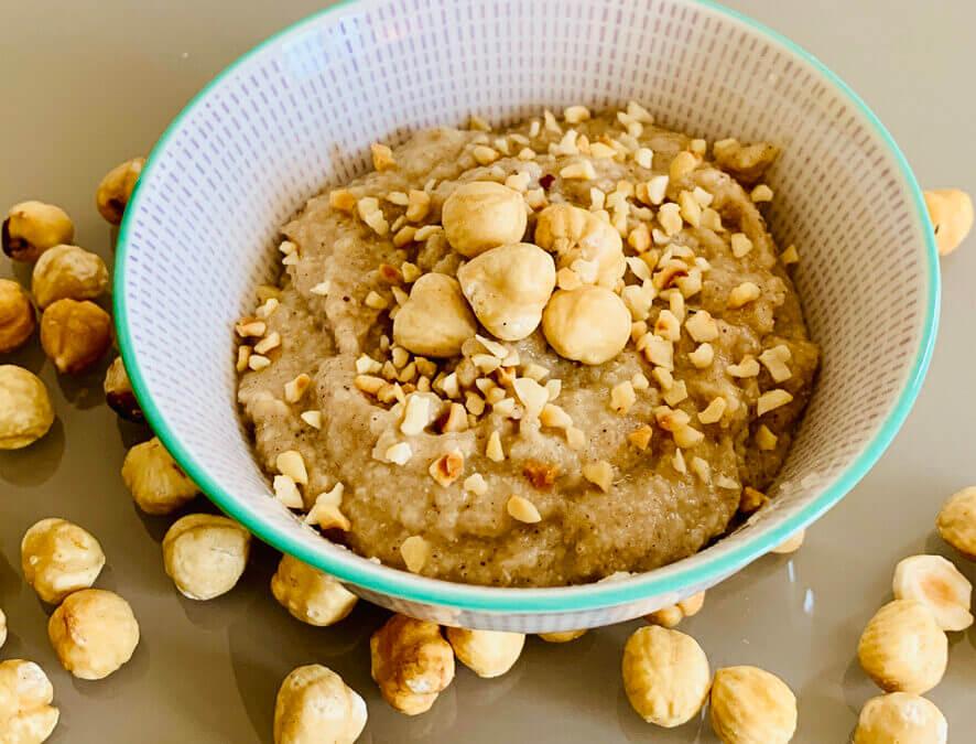 Glutenfreies Haselnuss Protein Porridge